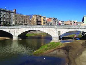 Pont de Pedra in Girona