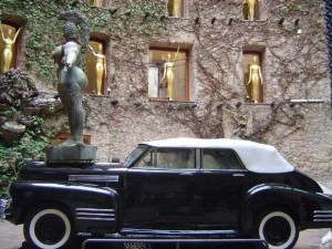 Dalí Cadillac Figueres Museum