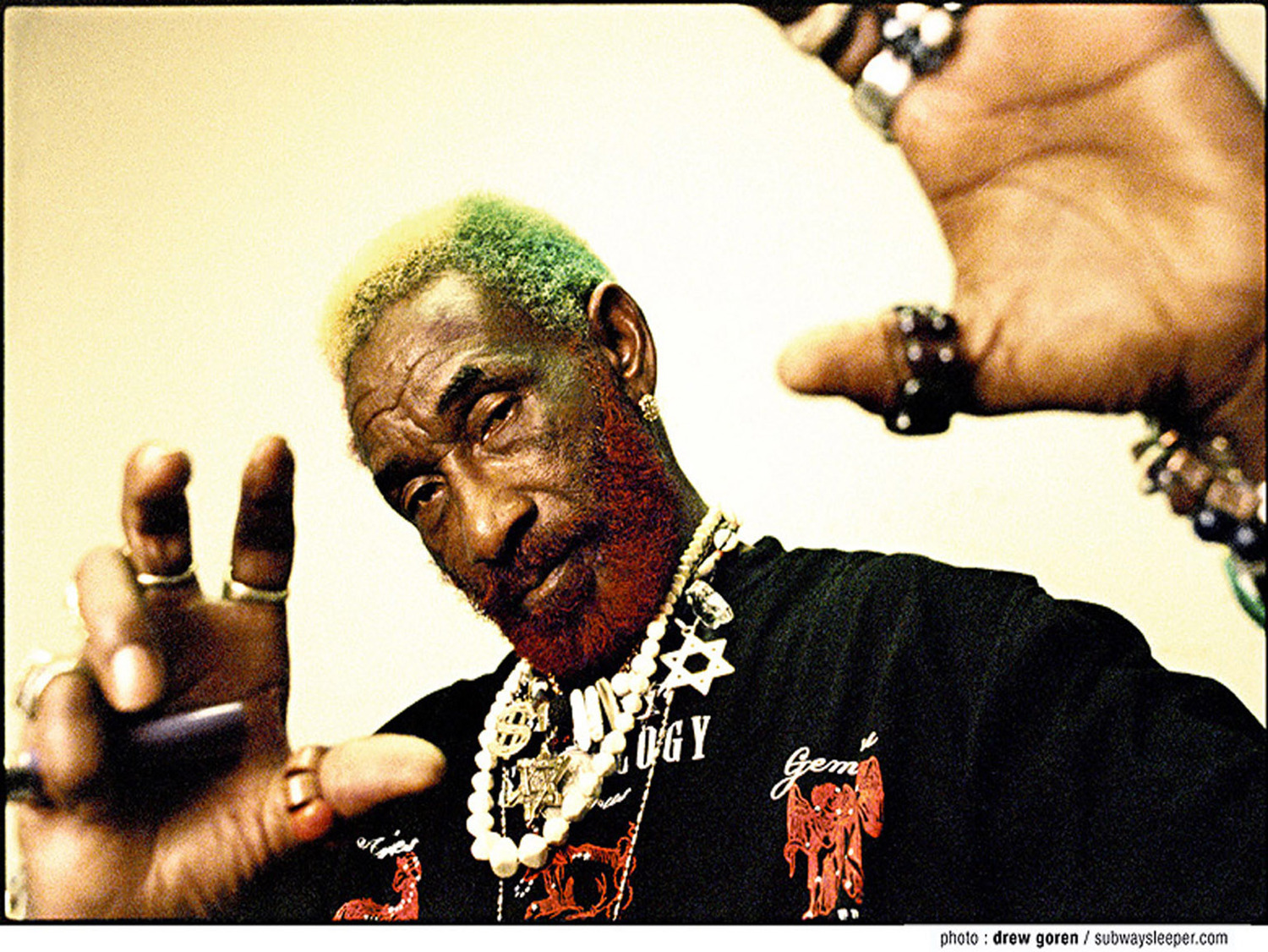 Lee Quot Scratch Quot Perry Apolo Barcelona Connect