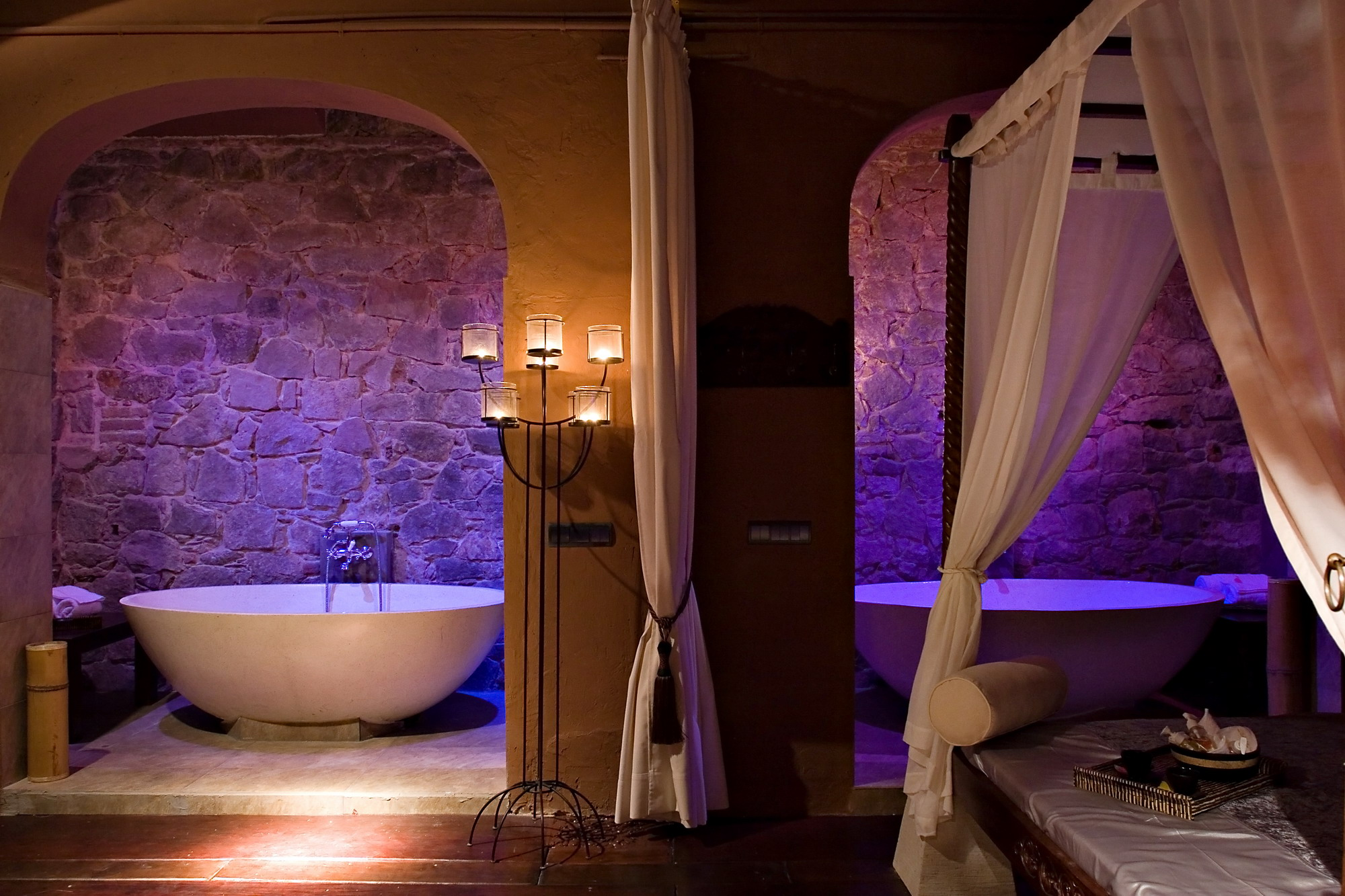 Luxury spas barcelona connect for Luxury spa weekends for couples