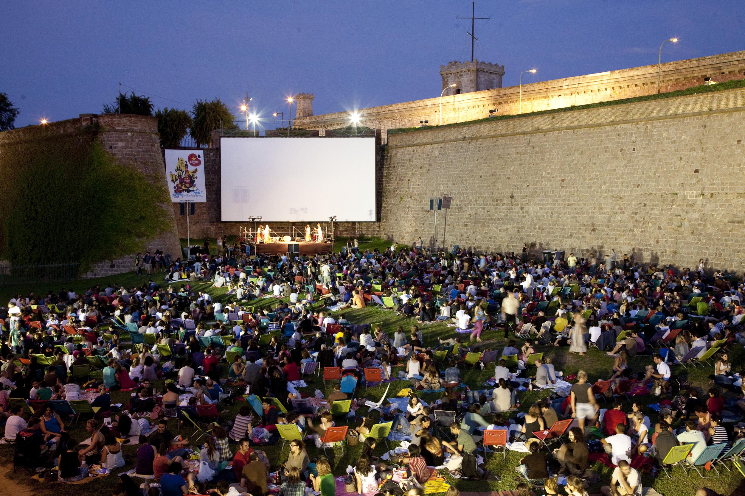 sala montju c barcelona connect On cine montjuic aire libre