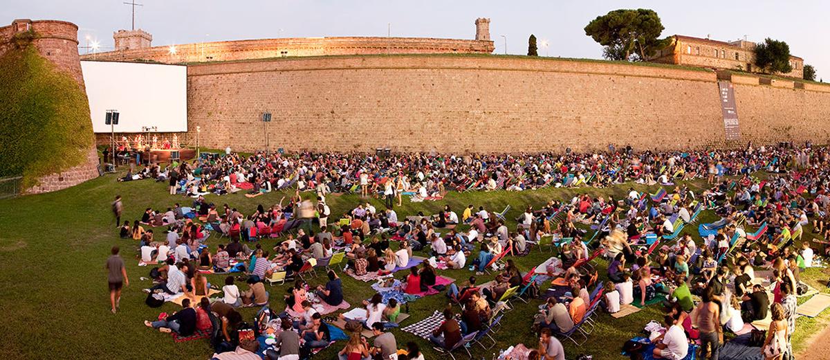 sala montj ic open air cinema in barcelona