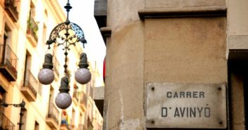 Carrer d'Avinyó: Picasso, paper maché, and peculiar clothing