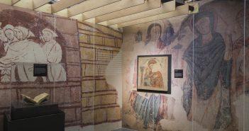 """Sala Exposició """"Templers: Guerra i religió a l'Europa de les Croades"""".  Museu d'Historia de Catalunya."""