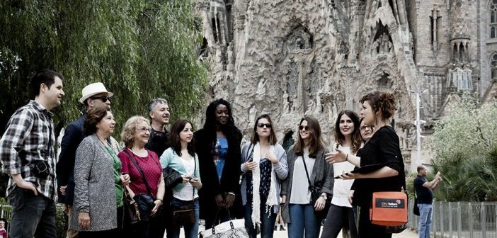Walking, tapas and wine tours with Barcelona City Tellers