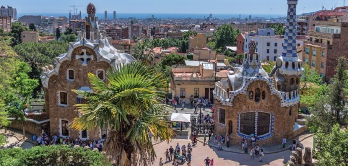 Top Cultural Activity Ideas for Bachelor and Bachelorette Events in Barcelona
