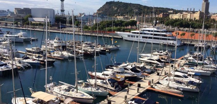 Boating, brunch and beauty – Sailing Experience Barcelona