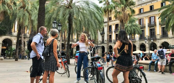 Budget Bikes: Highlights and Tapas Tour