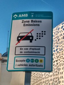 polluting vehicles in Barcelona