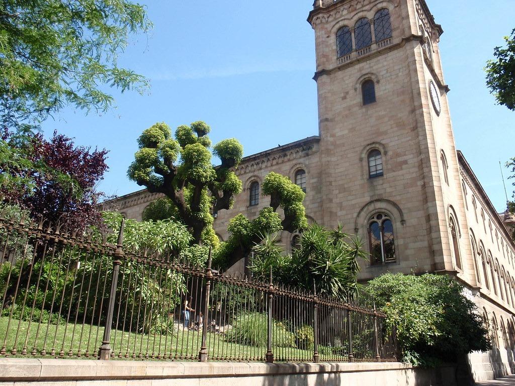 Barcelona-university